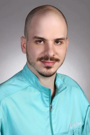 Dr. Sáfrány-Fárk Árpád fogorvos, fogszabályozás