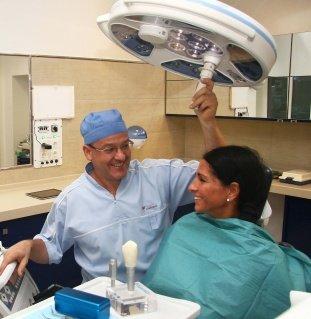 Implantátum beültetése Szegeden